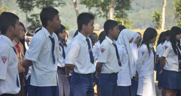 Wisuda 2014 SMK Wiyata Husada Batu